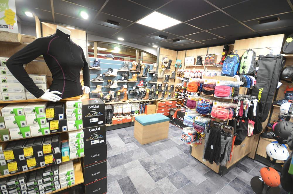Mobilier textiles et chaussures - Agencement Saint-Jean-de-Sixt 74