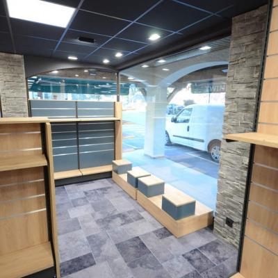 Mobilier exposition vitrine 1 - Agencement Saint-Jean-de-Sixt 74