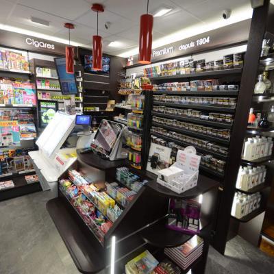 Mobilier tabac et comptoir vue 2 - Agencement Bourg-Saint-Maurice 73