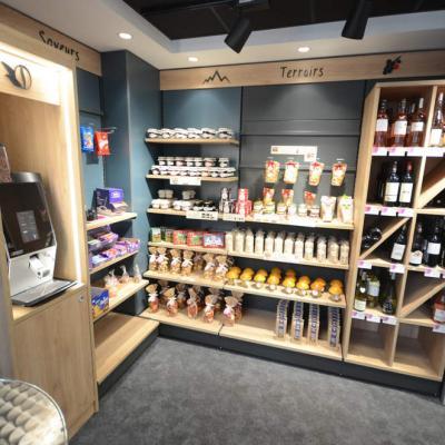 Mobilier vins et saveurs du terroir - Agencement Annecy 74
