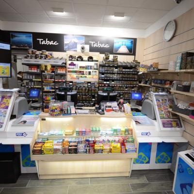 Mobilier tabac et comptoir - Agencement Evian 74