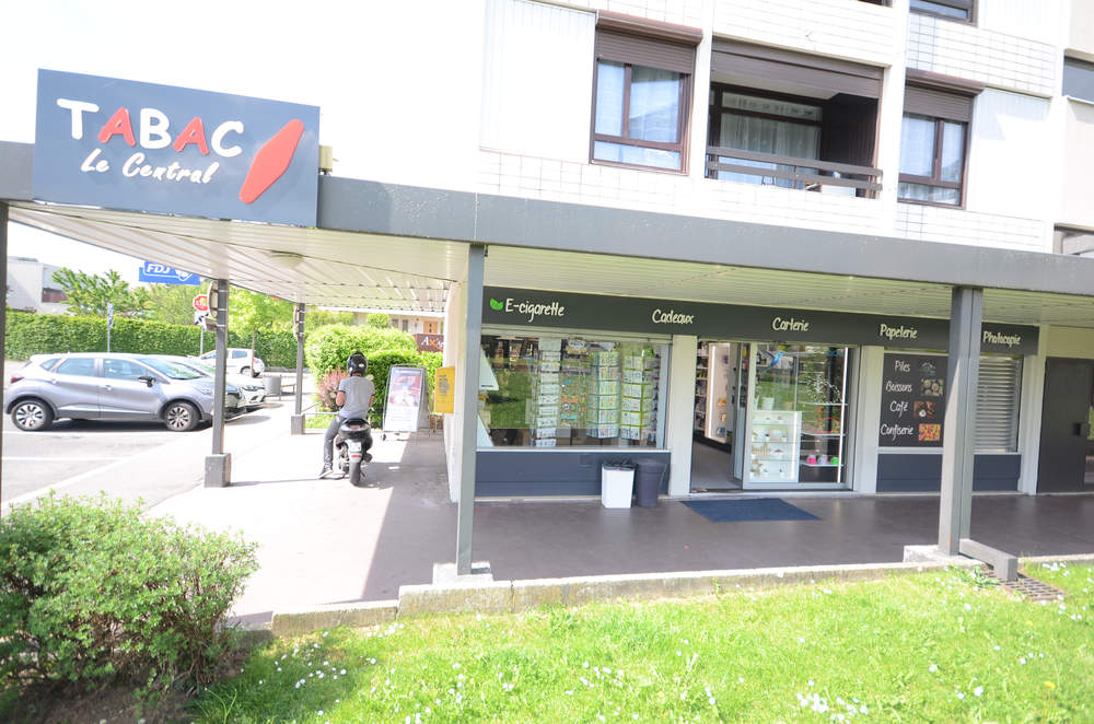 Enseigne du magasin - Agencement Meythet 74