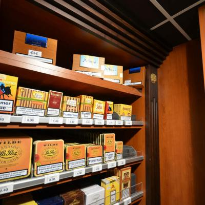 Grenoble 38 - Tabac cadeaux Grand Place