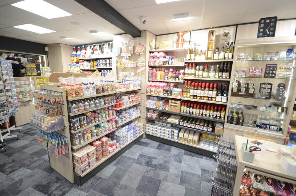 Mobilier épicerie fine - Agencement Plagne Montalbert 73