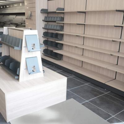 Mobilier et table librairie vue 1 - Agencement Ajaccio 20