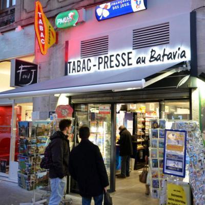 Enseigne du tabac presse - Agencement Le Batavia Annecy 74