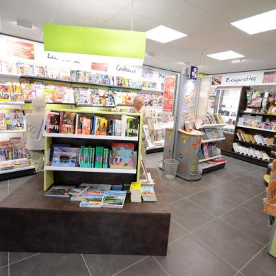 Table librairie - Agencement Annecy 74