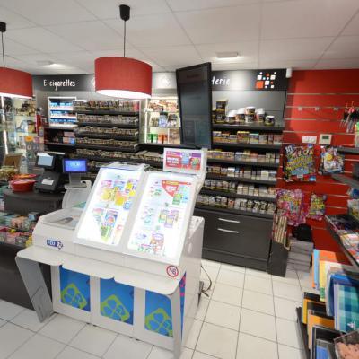 Mobilier tabac et e-cigarettes - Agencement Claix 38