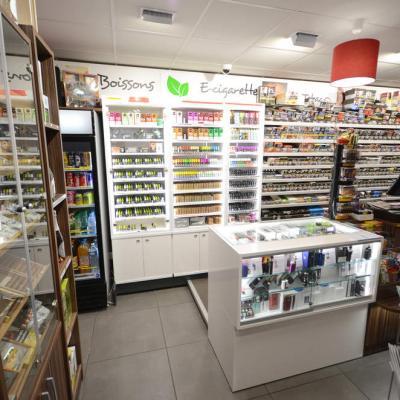 Mobilier tabac et e-cigarettes vue 1 - Agencement Cognin 73