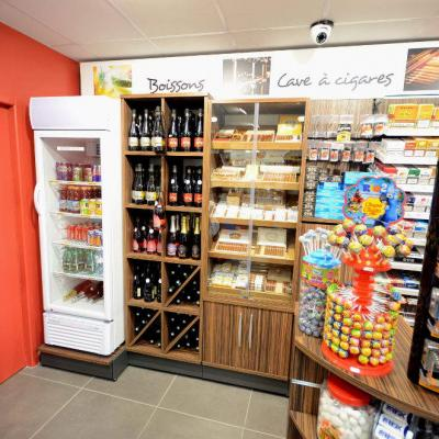 Cave à cigares, meuble à vin - Agencement Cognin 73