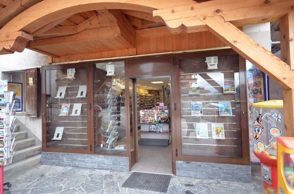 Enseigne du tabac presse - Agencement Le Grand Bornand 74