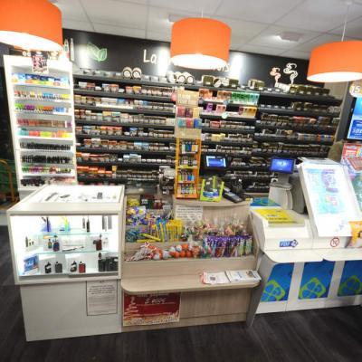 Mobilier tabac et e-cigarettes - Agencement La Côte-Saint-André 38
