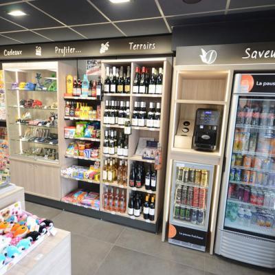 Mobilier boissons,vitrine lumineuse - Agencement La Motte-Servolex 73