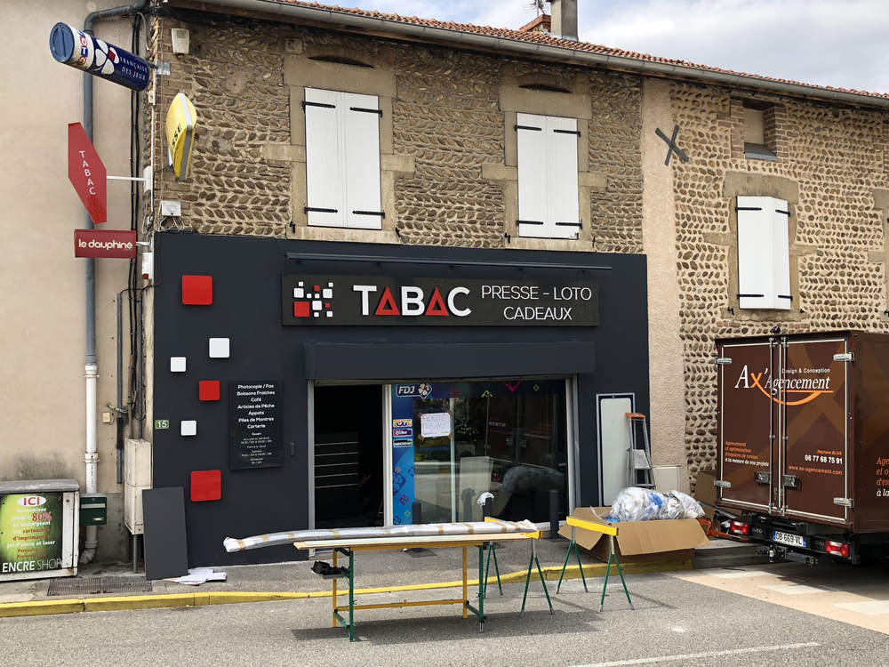 Enseigne du magasin vue 1 - Agencement Saint-Sorlin-en-Valloire 26