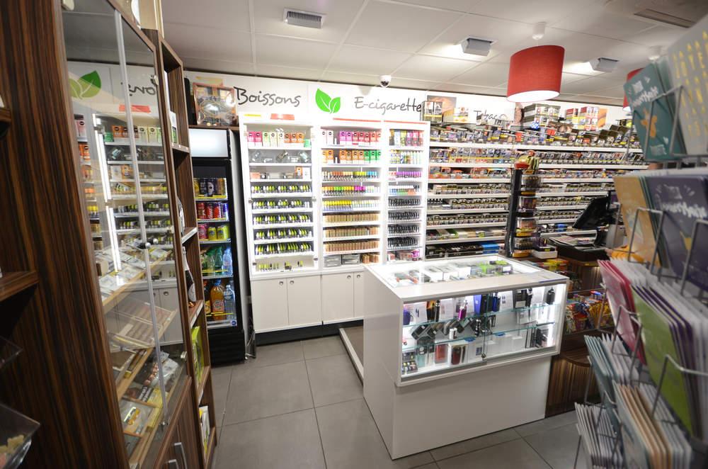 Mobilier cigarettes électroniques - e-liquides à Cognin (73)