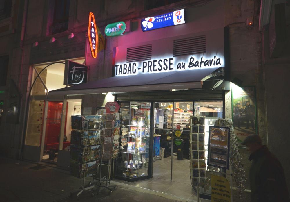 Enseigne tabac presse à Annecy (74)